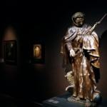Franciscus met kruisbeeld, begin 18de eeuw, Gemeentemuseum Jacob van Horne, in langdurig bruikleen van de Minderbroeders Franciscanen Nederland. Foto: Evert-Jan Pol.